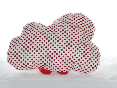 Pernă decorativă handmade Norișor alb cu roșu, Handmade decorative pillow Cloud red with white