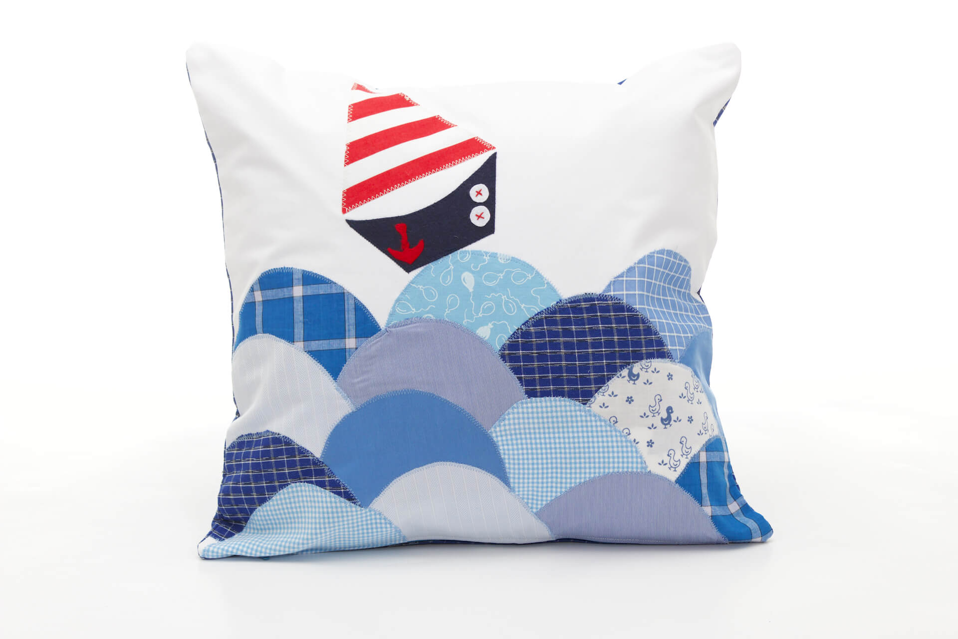 Decorative Pillows For Yachts : Handmade decorative pillow The Boat in Waves, 40x40 cm - Bowema