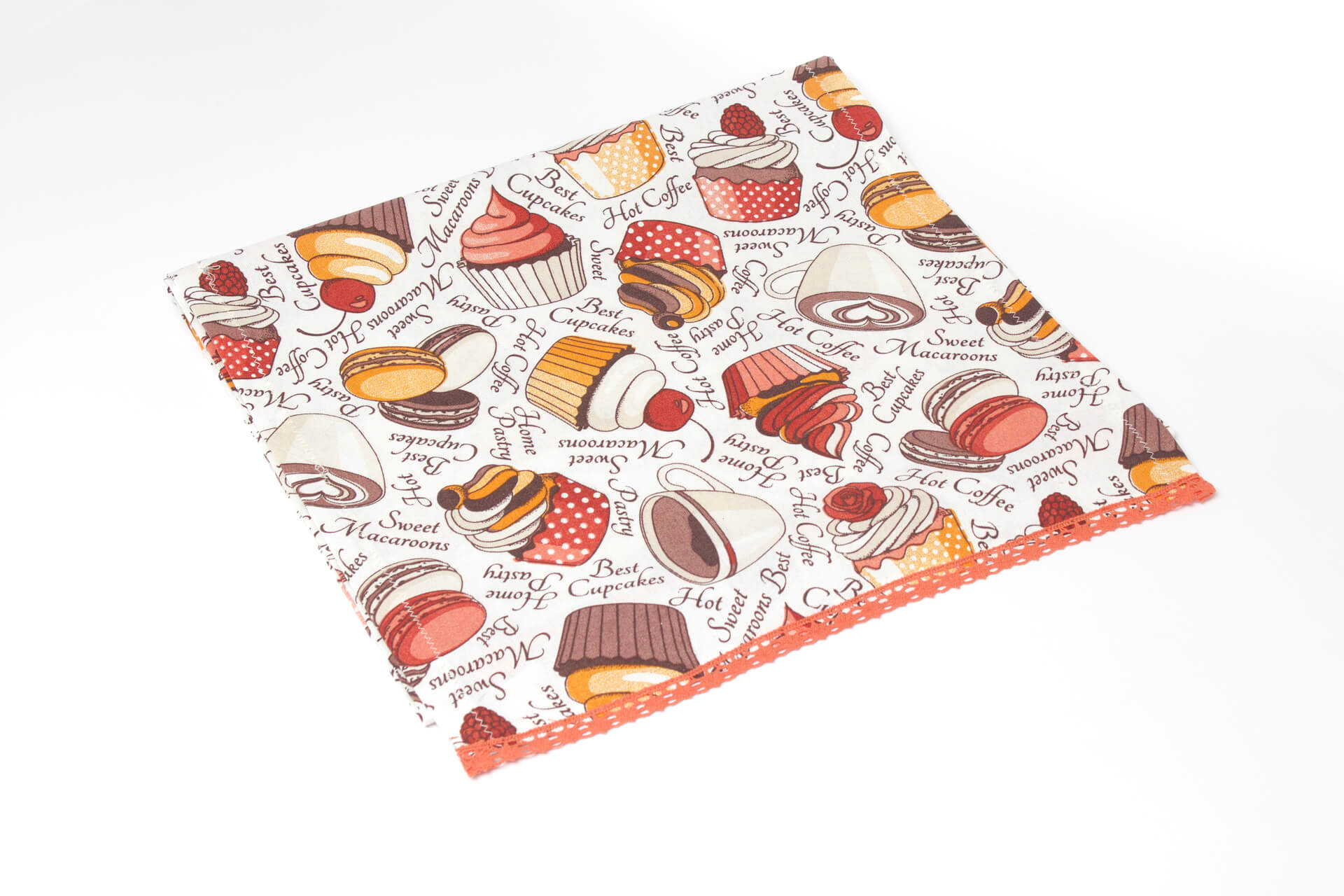 Multicolored place mat with muffins design