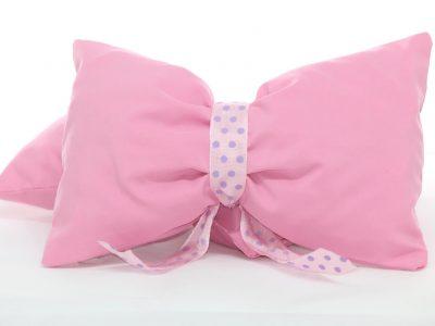 Fundițe roz decorative handmade pentru draperie