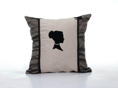 Pernă decorativă handmade alb și negru Lady