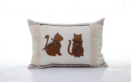 Pernă decorativă handmade Pisicuțe cochete