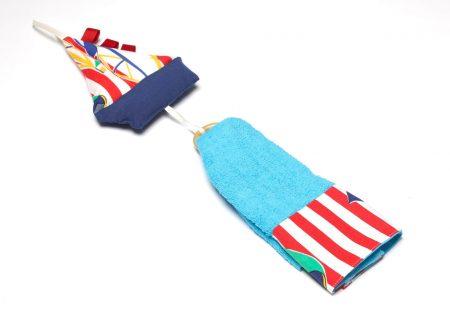 Prosop pentru copii decorat handmade cu jucărie bărcuţă