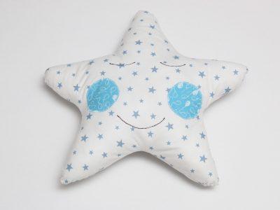 Pernă decorativă handmade în formă de stea Stela