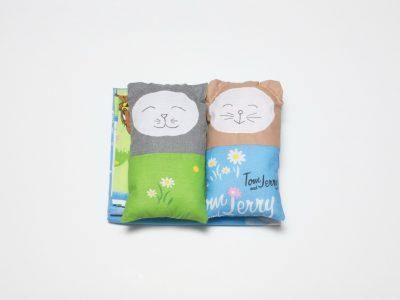 Lenjerie pentru pătuţ din bumbac + 2 perne decorative Tom & Jerry