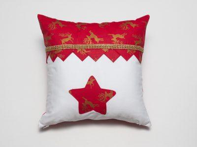 Pernă-decorativă-handmade-Noaptea-de-Craciun-bowema