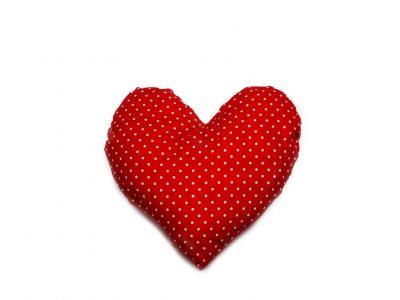 Pernă decorativă handmade în formă de inimă Bowema