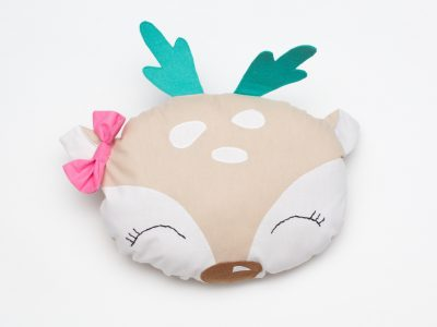 Perna decorativa handmade Cute Deer